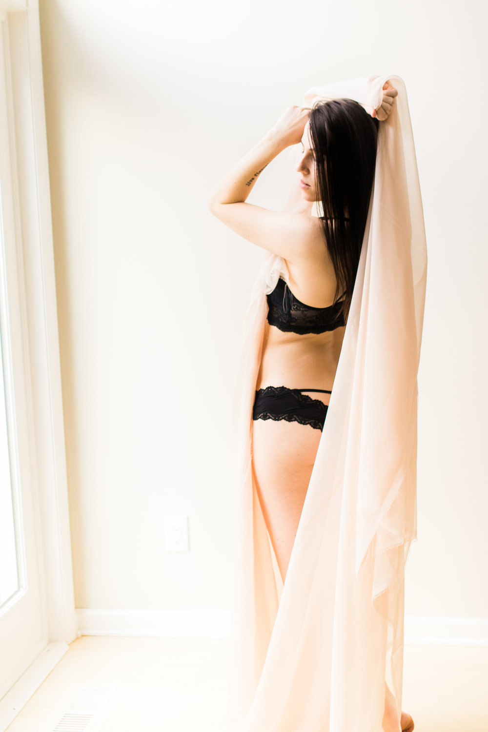 Sabrina Reis Photography - Carly Boudoir  - Minneapolis-8.jpg
