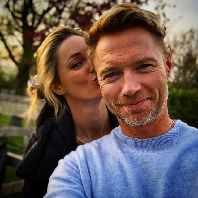 Both home and off work for the entire weekend #MAGIC 🙌 #firsttimein5months #sohappytonbehome #thesimplelife #itsthebest #downtime #notravel #ourownbed #timetorecharge #familyandfriends #love #happyeastereveryone 🐣🐰🌸♥️ PS: and how gorgeous is @rokeating new cashmere a sweater 😍 Suzie @monaghanscashmere thank you, he loves it x