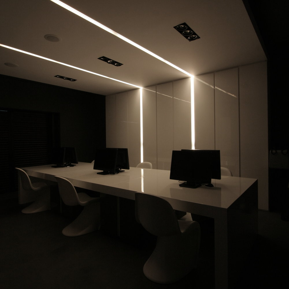 office space in hilton area 03.jpg