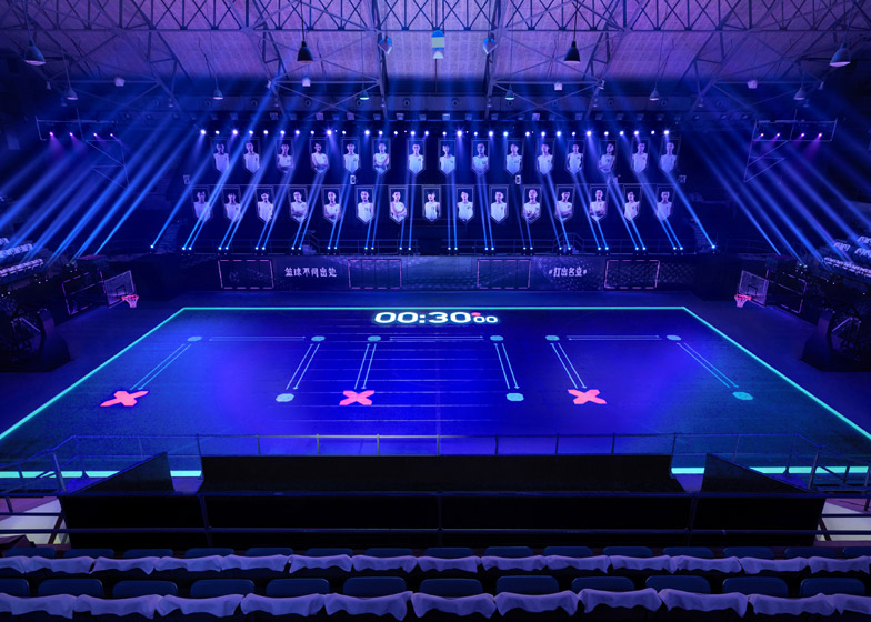 Nike-LED-basketball-court_dezeen_784_6.jpg