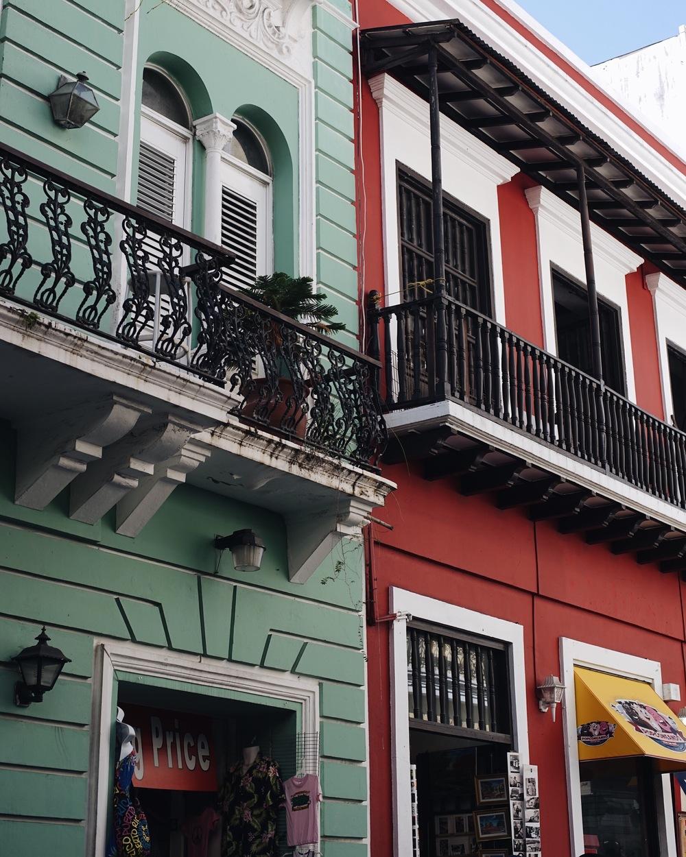 Colors in San Juan