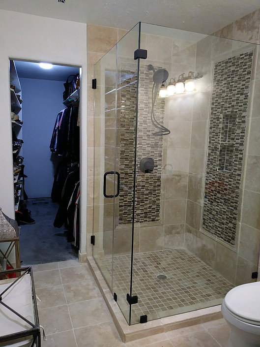 Frameless shower 3.jpg