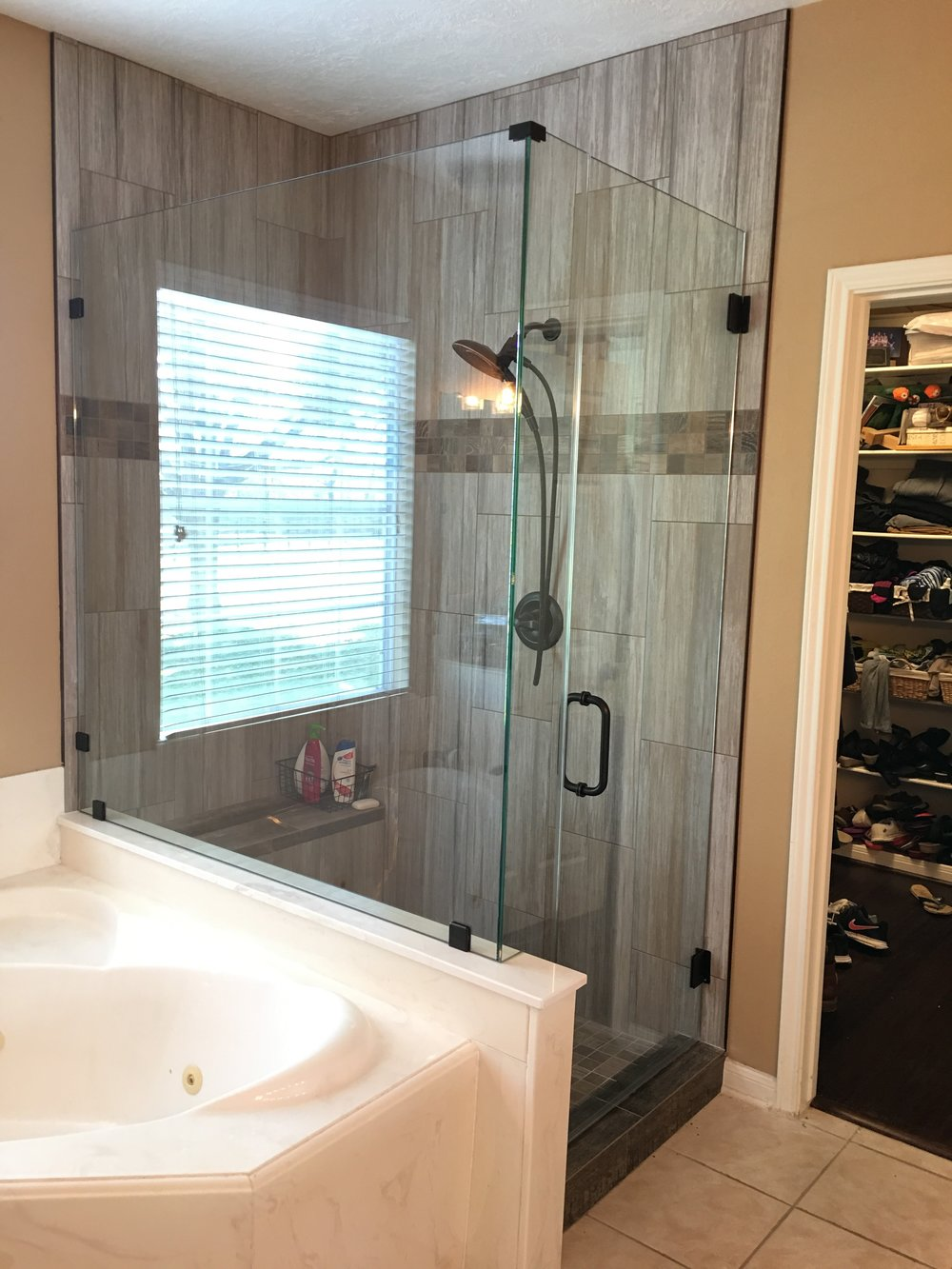 Frameless shower 4.jpg