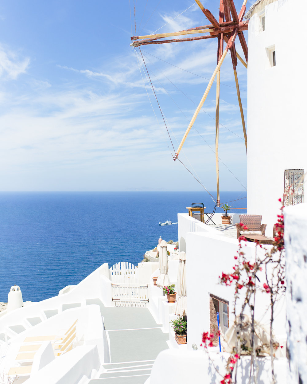 windmillsantorinigreece
