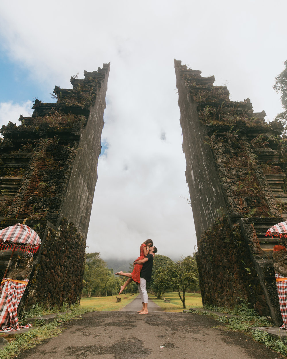 what to do in bali indonesia handara gate