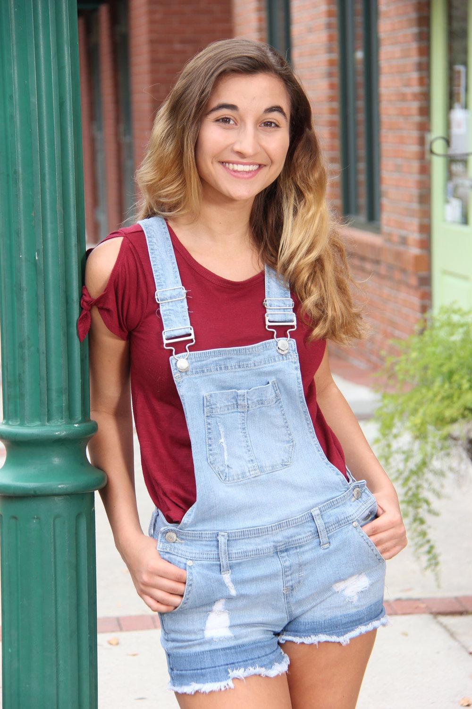 Brooke Baxter 1- 908.JPG