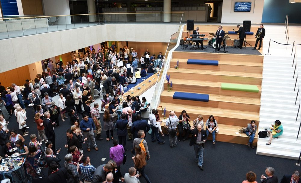 A bird's-eye view of IFLA conference attendees mingling in the brand new space. Photo courtesy of OCLC.
