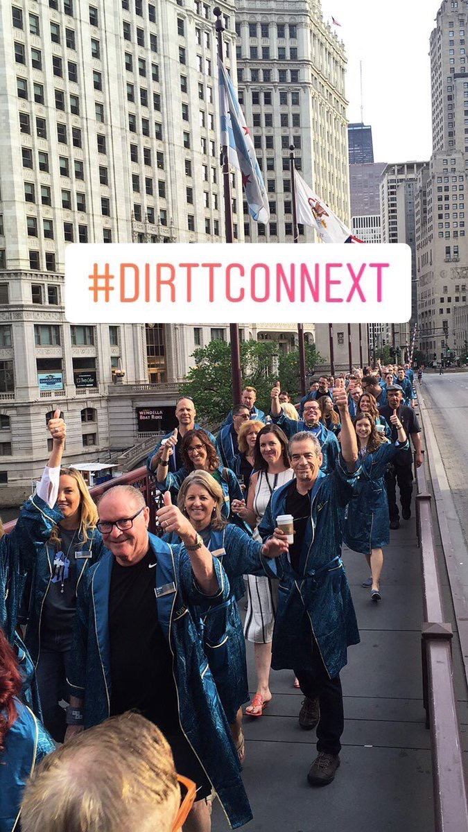 DIRTT Thumbs up for Partner Day! We ❤️ our Partners. #DIRTTconnext #parade pic.twitter.com/8nO1pKMyks Jun 10, 2017, 7:39 AM