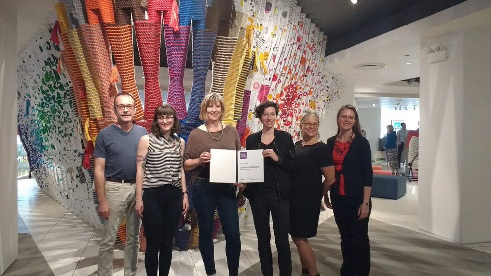 IIDA_HQ And a huge congrats to all showroom & booth winners! Large Showroom: @Steelcase, Suite 300. #IIDAawards #neocon2017 @contractmag pic.twitter.com/2azjrgLxET Jun 11, 2017, 12:02 PM