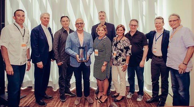 teknion Teknion 2017 International #Dealer #Award bit.ly/2pq9Ksj pic.twitter.com/sMPWd4cd64 Jun 17, 2017, 12:12 PM