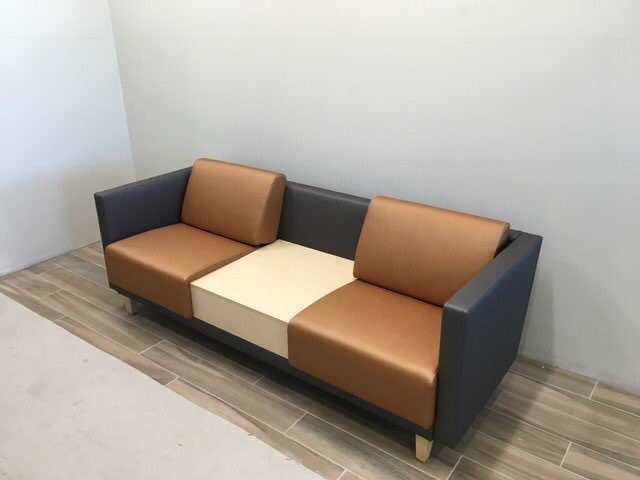 honcompany MT @knoll4utah: Check out this two-tone Grove lounge piece we just installed. Beautiful piece at a great price. pic.twitter.com/q3P78xqqAD Oct 12, 2017, 9:05 AM