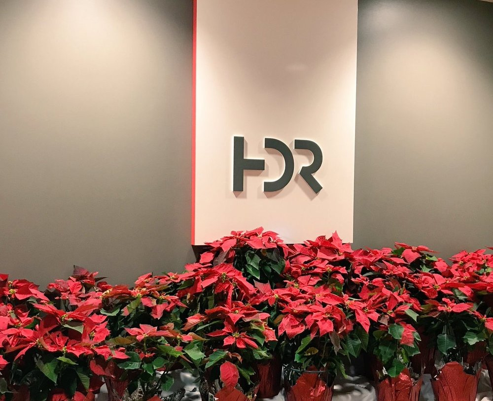 KatieSDuty Happy holidays from HDR's Tampa office! #LifeatHDR pic.twitter.com/PtfZsex7Dq Dec 15, 2017 at 11:58 AM