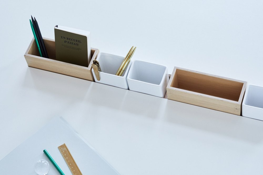 bene-studio-london-modular-workspace-system-furniture-design-promotion_dezeen_2364_col_6-1704x1136.jpg
