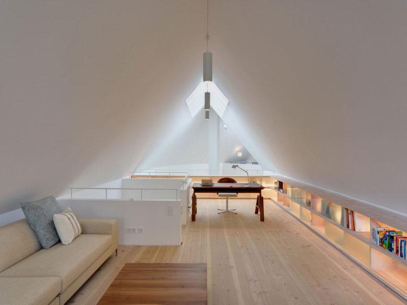 Roundup-Modern-Offices-2-Moehring-Architekten-galeriehaus-810x608.jpg