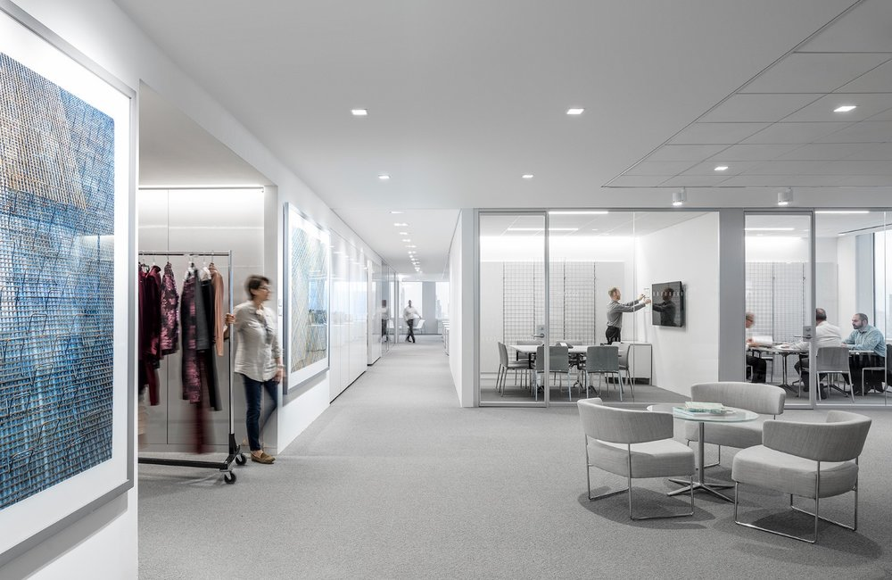 The  Hudson's Bay Company headquarters in Manhattan accommodates diverse working styles. Photo © Magda Biernat