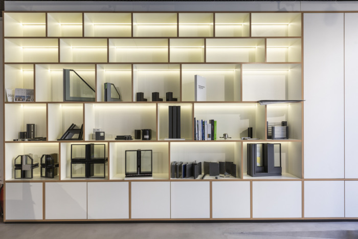 schuco-offices-showroom-london-4-700x467.jpg