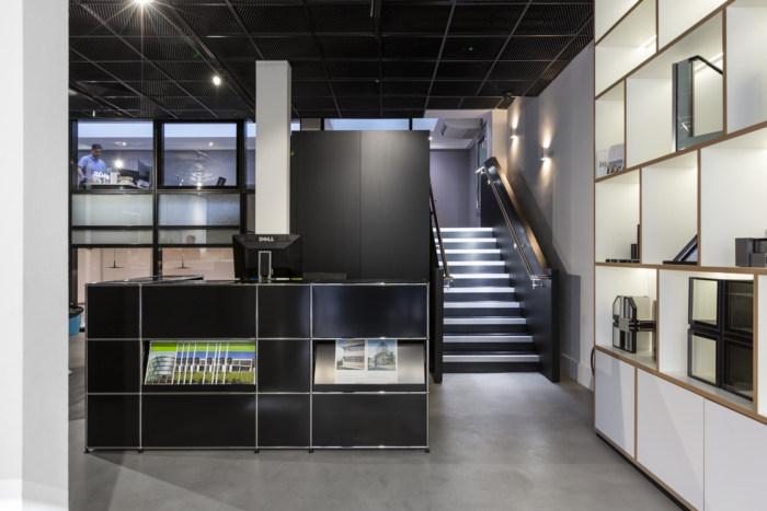 schuco-offices-showroom-london-10-700x467.jpg