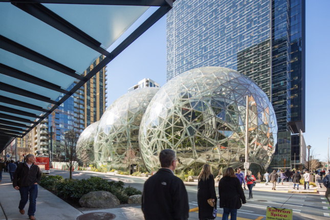 100876_02_Amazon_Spheres_N15_large-copy-645x430.jpg