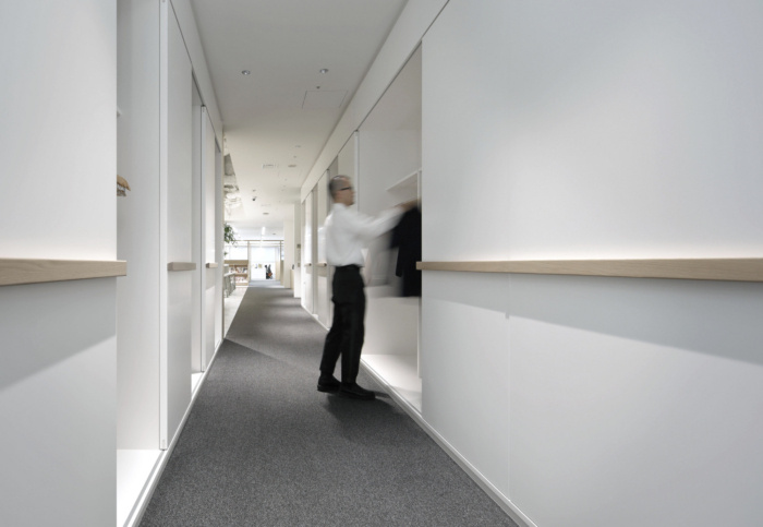 lumine-offices-tokyo-10-700x483.jpg