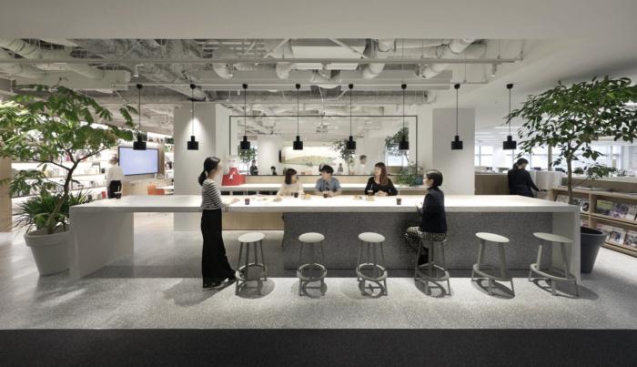 lumine-offices-tokyo-1-700x403.jpg