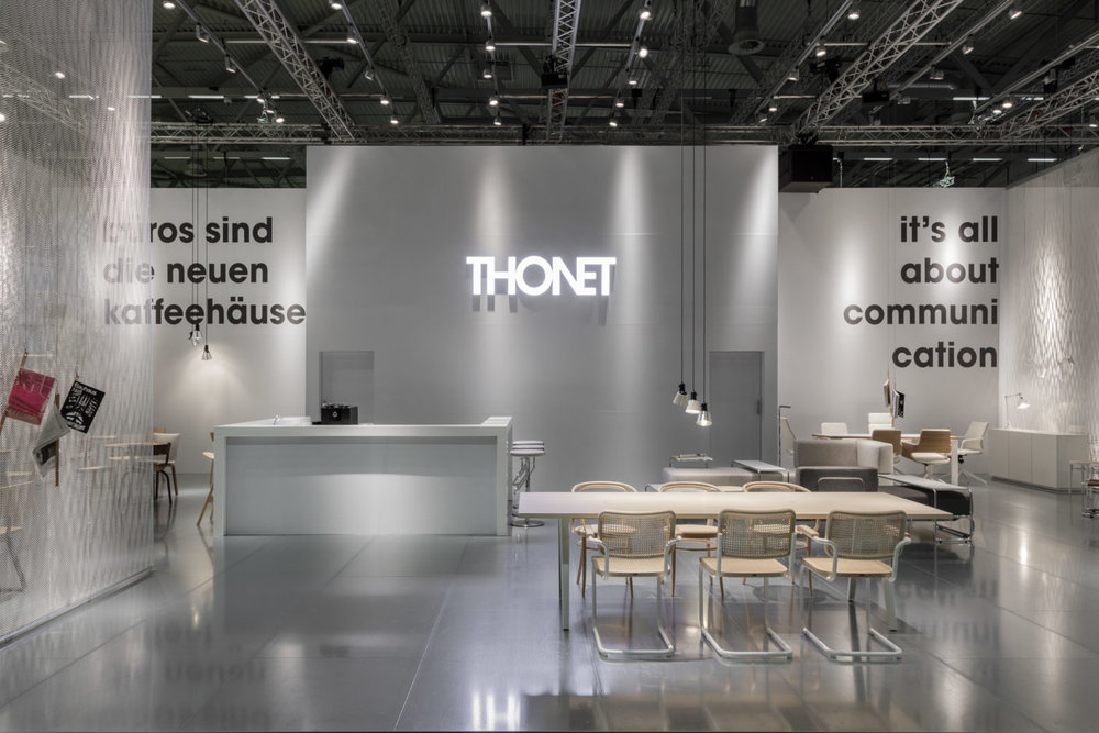 Metal surfaces were an important design element of the Thonet booth designed by Ply Studio. © Patricia Parinejad