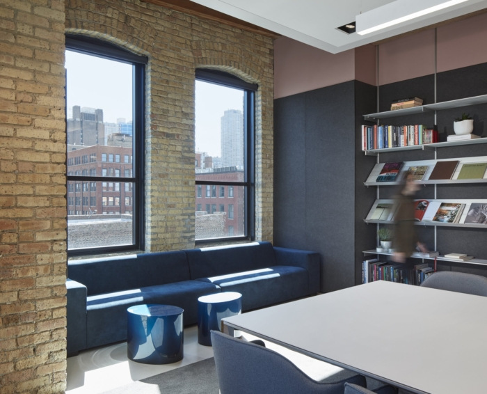 gary-lee-partners-offices-chicago-10-700x566.jpg
