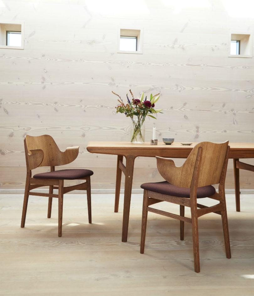 warm-nordic-gesture-chair2-810x943.jpg