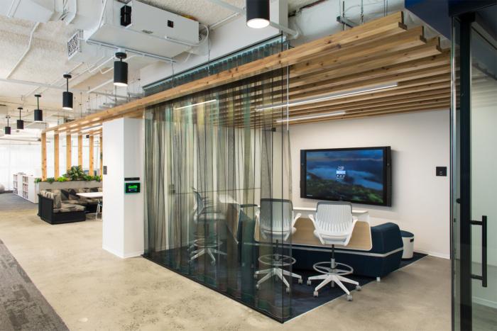 accenture-cyber-fusion-center-offices-arlington-6-700x467.jpg