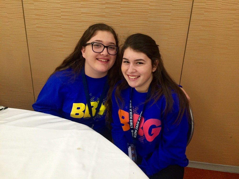 Andie Mermelstein and Jaclyn Finkelstein from Gold Coast Region at the Chapter Excellence Leadership Lab.