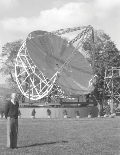 Grote Reber with his donated Wheaton antenna at the National Radio Astronomy Observatory in Green Bank, WV, on October 16, 1958 (NRAO/AUI)