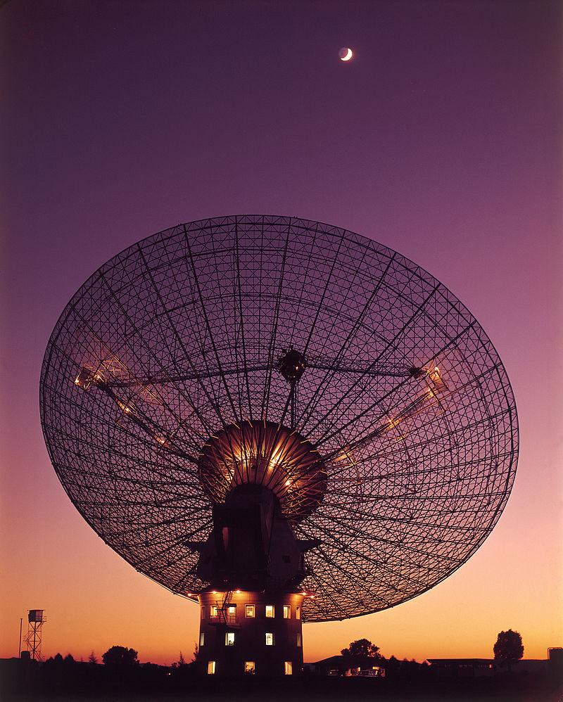 Parkes Radio Telescope (CSIRO, 1969)