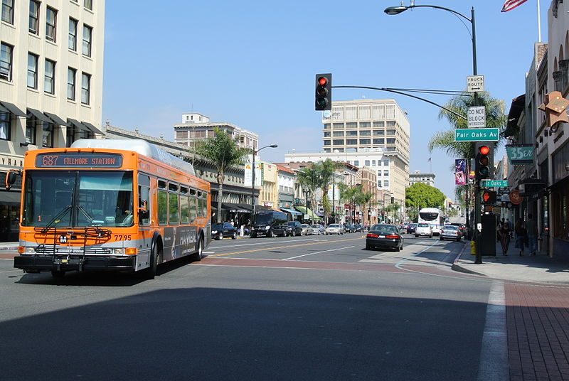 Old Town Pasadena and Metro Local Bus