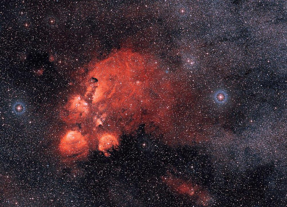Cat's Paw Nebula  (Image: ESO)  Right ascension: 17h19m Declination: -35°58'  Distance: 5,500 lightyears Radius: 40 lightyears  Constellation: Scorpius