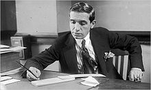 Charles Ponzi, 1920. Via  Wikipedia .