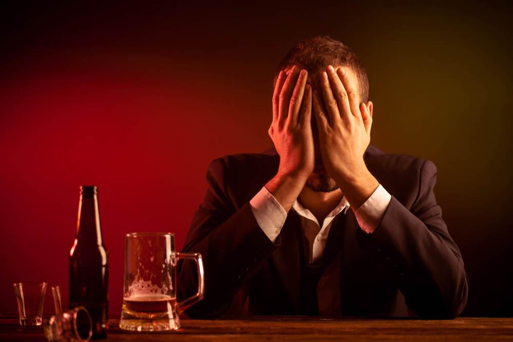 Binge drinking alcohol & alcoholism in San Diego.