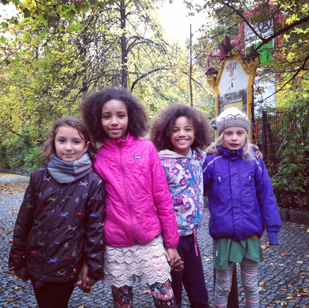 Tully (American living in Berlin), Sol and Luna (boat kids) and Mia (born in Iceland lives in Berlin)