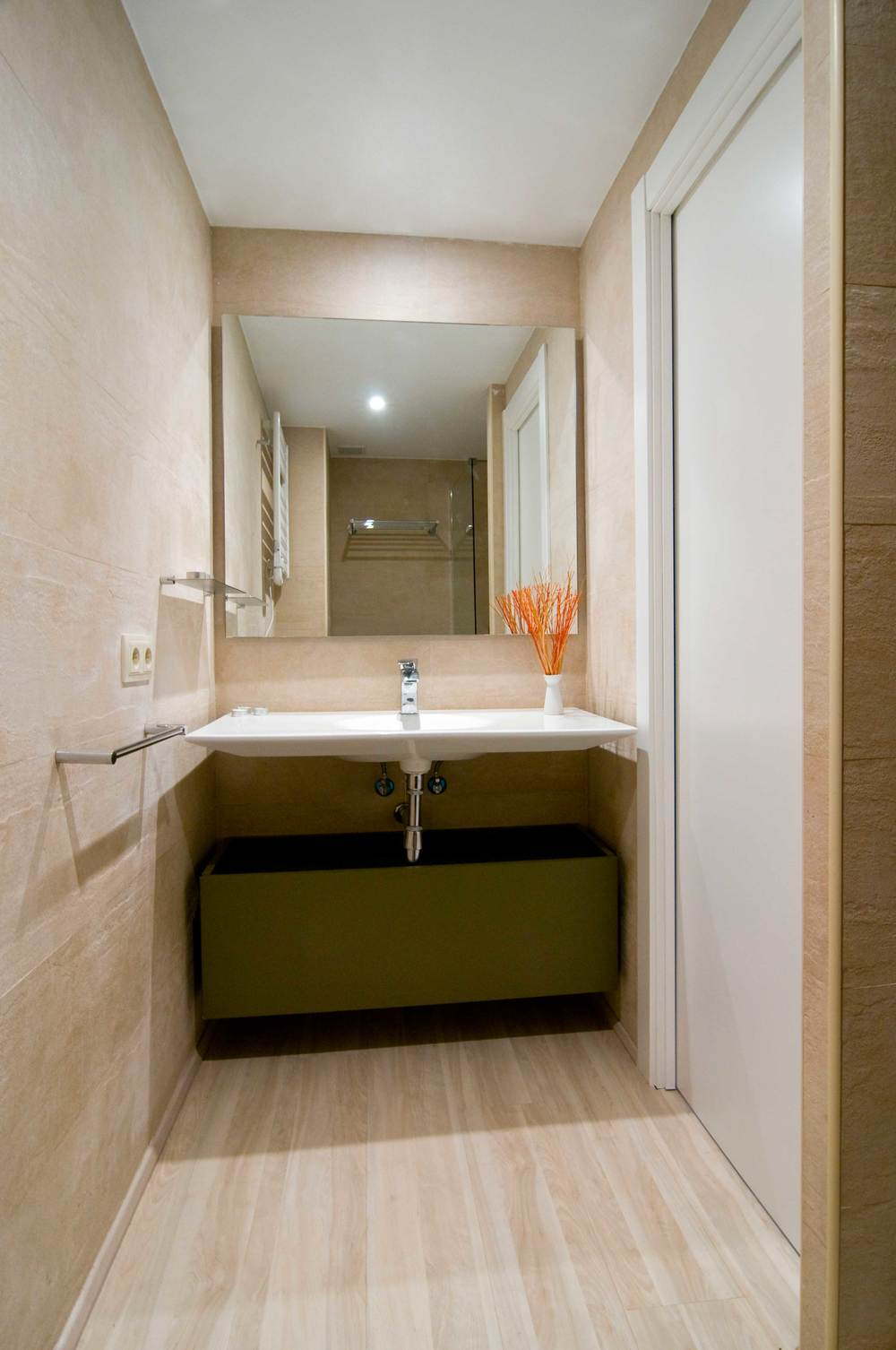 Cerdanya_Llivia_homerenovation_bathroom.jpg