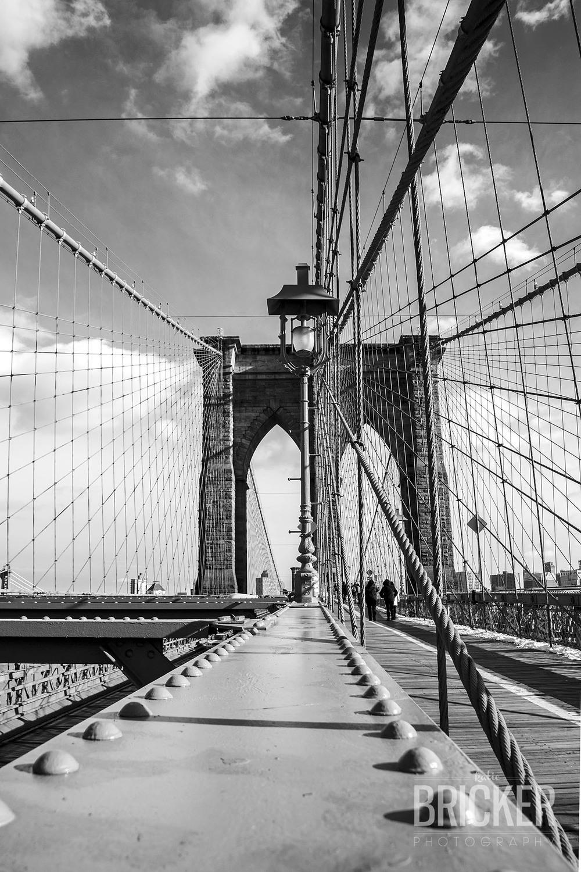 BrooklynBridge_04-bw.jpg