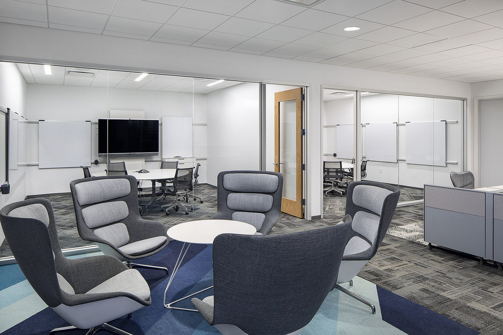 IA_ServiceMasters_Phase1_ConferenceRooms_01.jpg