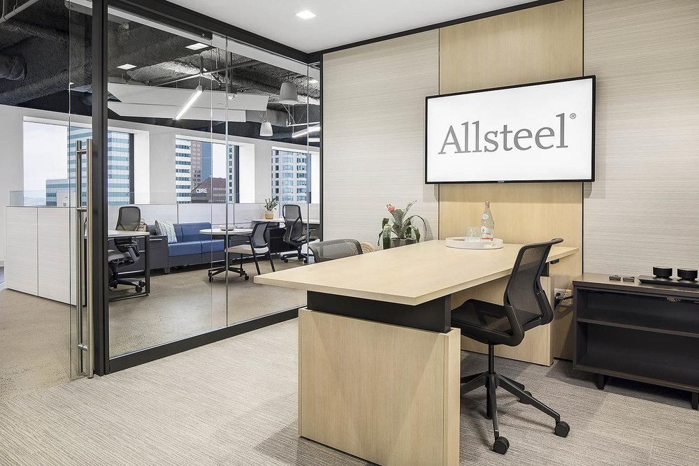 Allsteel_LAShowroom_PrivateOffice_03_webuse.jpg