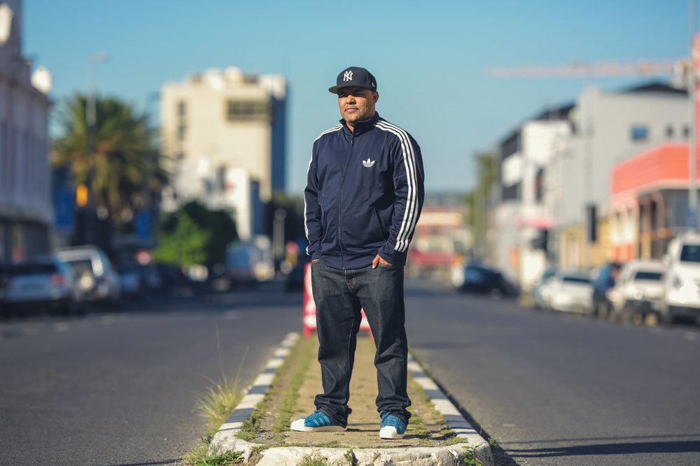 DJ Eazy-1.jpg