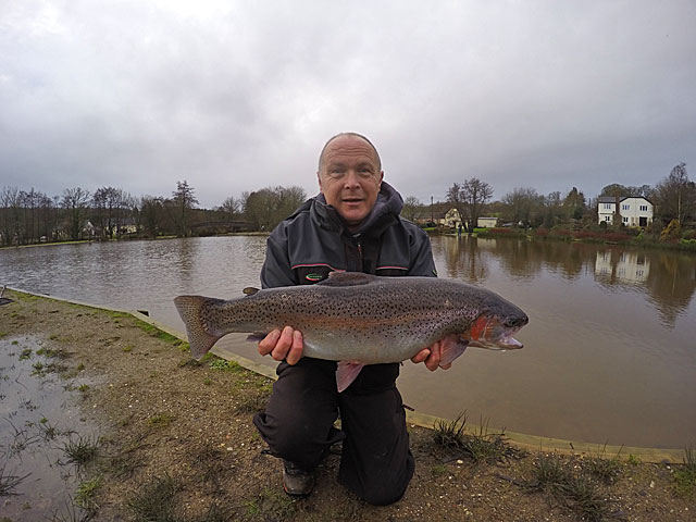 John Clarke with a fin perfect 8lb January Rainbow Trout from  Anchor Lake