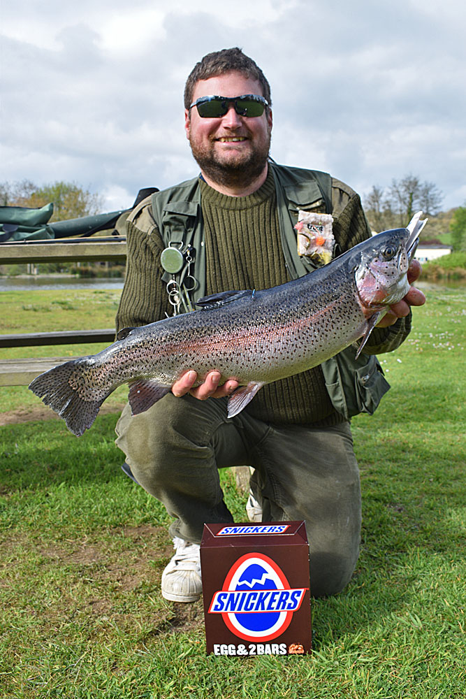 Dan Stocker not only bagged this cracking Rainbow but also won himself an Easter Egg & £20 when he found the specimen fish was also tagged.  Troutmasters is going to be hotly contested this month!