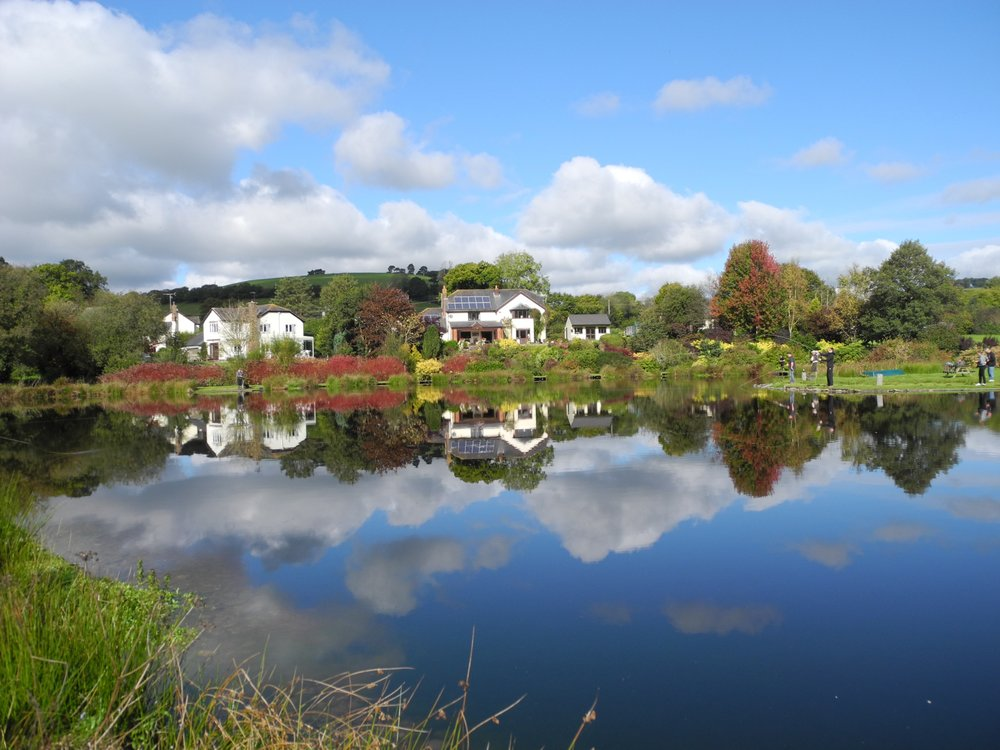 An October flat calm - image courtesy of Wayne Thomas