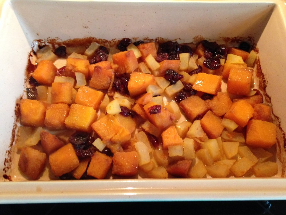 Baked Butternut Squash Recipe with Apples and Craisins (Recipe on the blog)