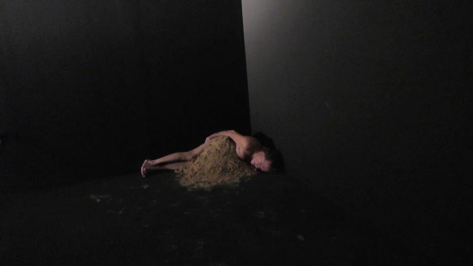 sleepbeach.jpg