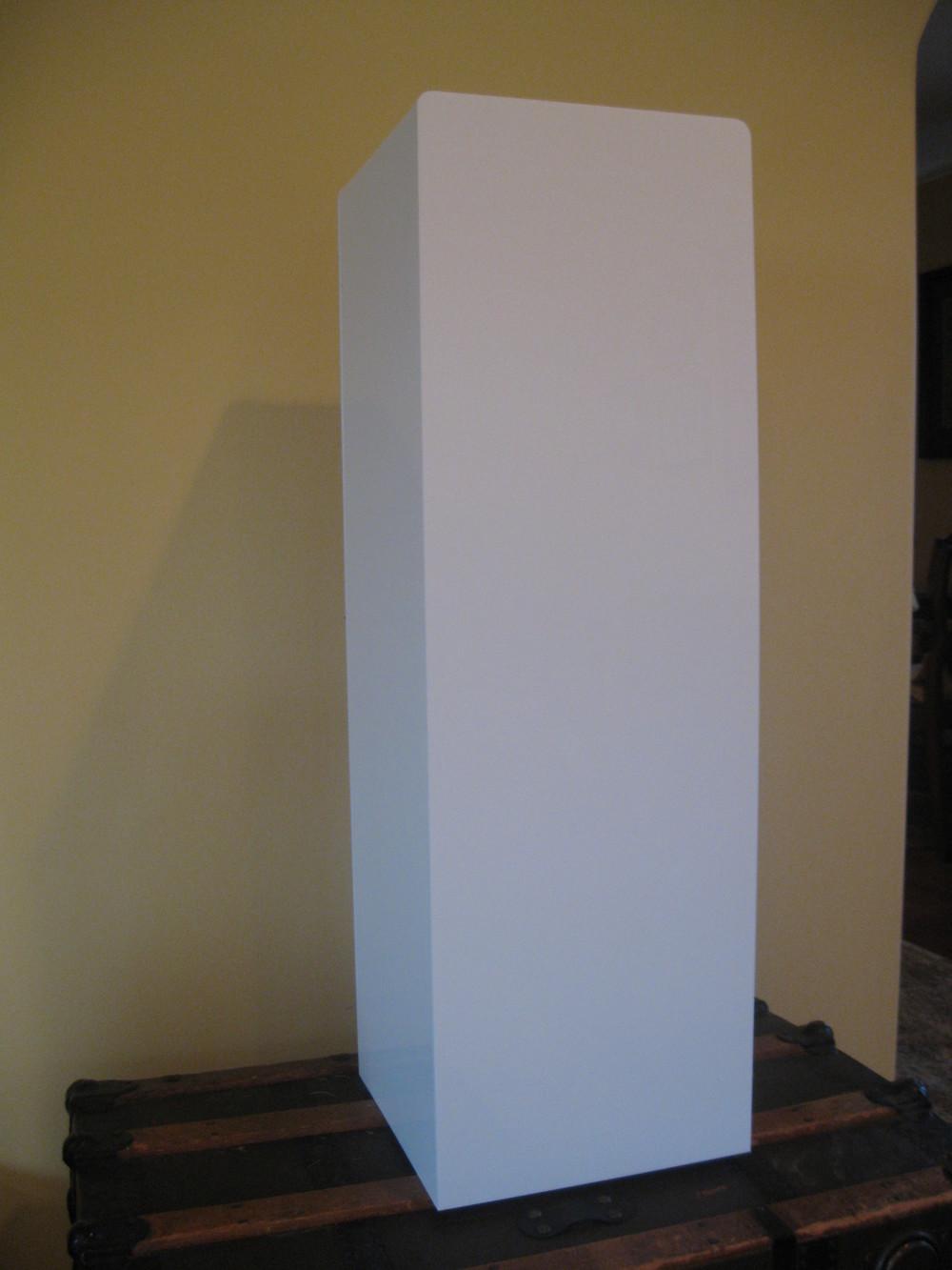 white acrylic stand 006.jpg