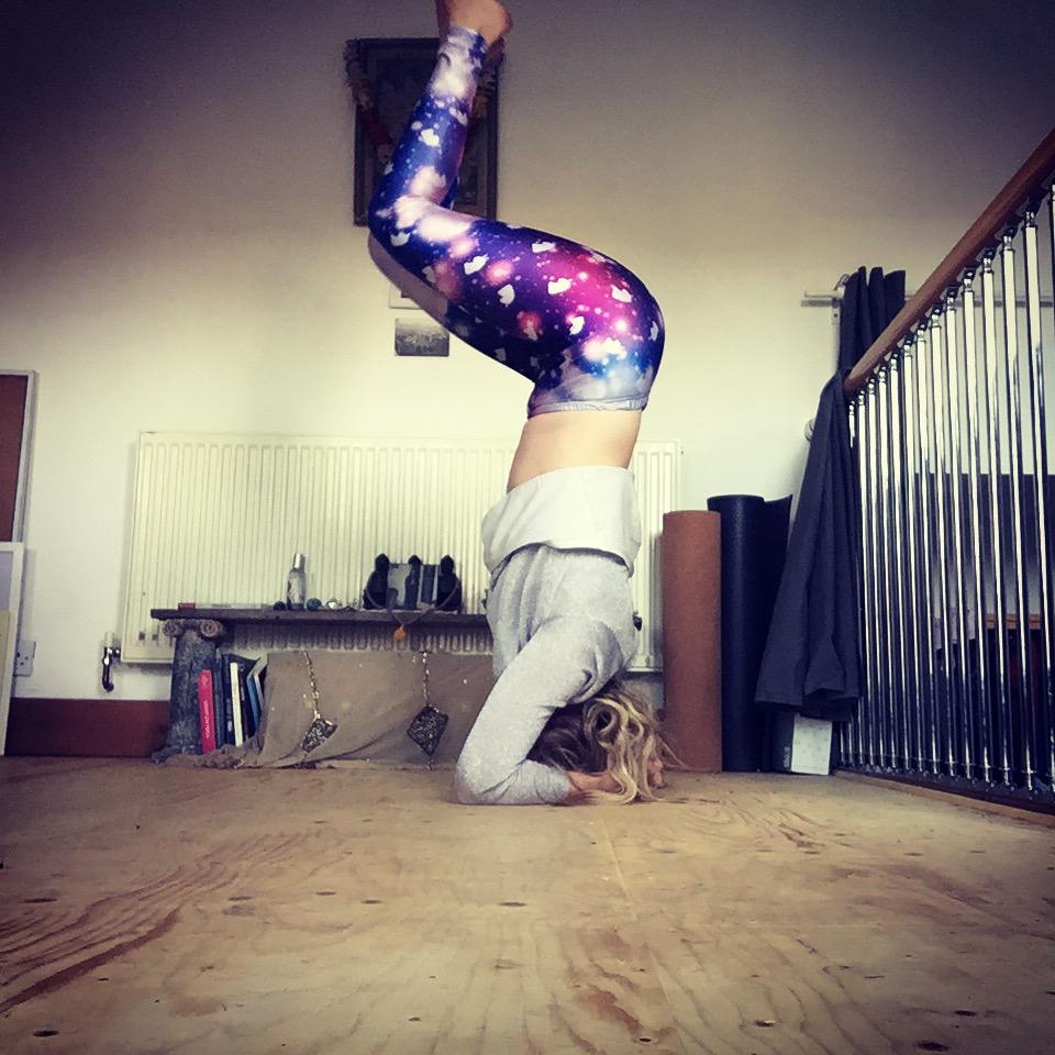 headstand yoga i-D 2019.jpg