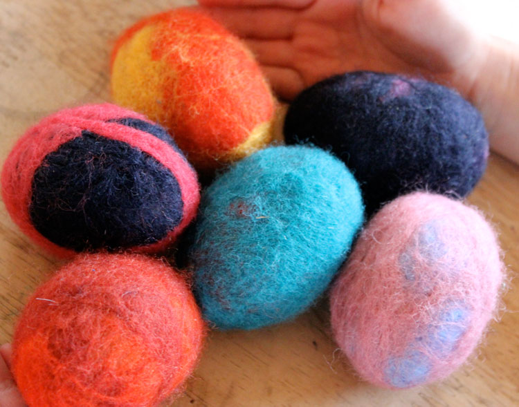 Make beautiful felt eggs via  Homestead Honey