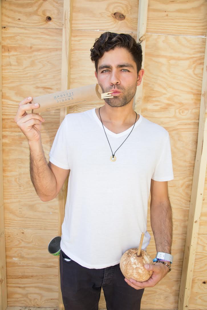Adrian Grenier shows off Harvest Straws. Photo by  @antimodel